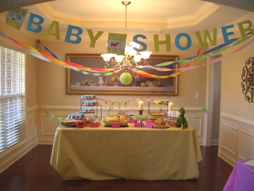 Anatomy of a dinner party guest post dr seuss baby shower for Baby shower room decoration